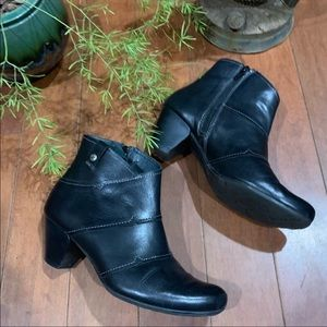 Pikolinos Layered Leather Ankle Booties Boots